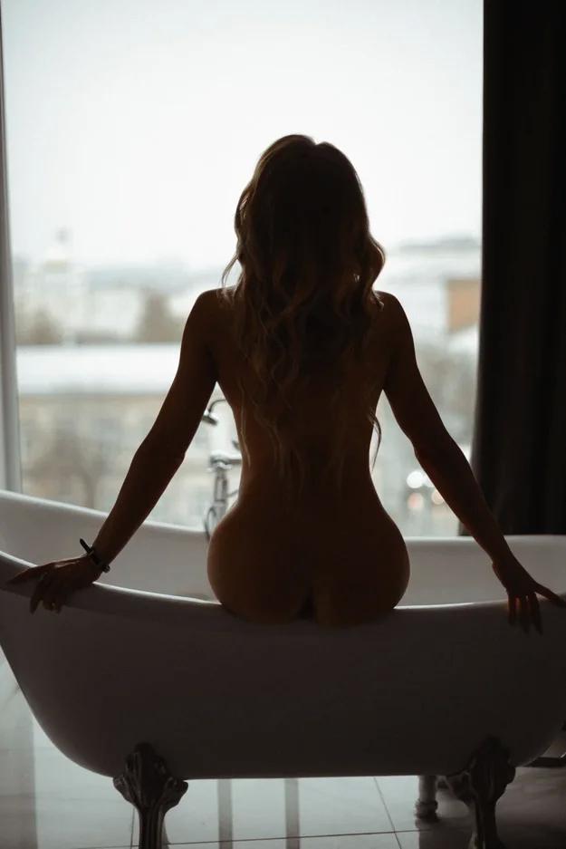 Фотосессия ню веб девушка модель екатеринбург в студию работа
